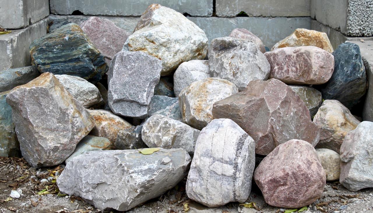 Glacial Granite Boulders XL 24 Plus | Green Stone