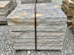 36-cumberland-mountain-blue-snapped-steps-3ft-step-green-stone-natural-stone-landscape-supplier