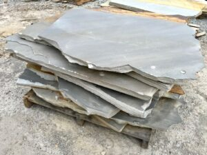 cumberland-mountain-mt-2-inch-laydown-slabs-patio-pathway-stepping-green-stone-natural-stone-landscape-supplier