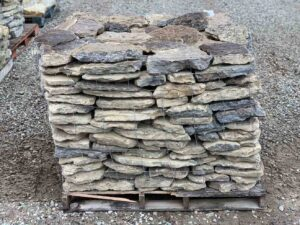 lost-creek-flats-garden-wall-retaining-stone-wall-green-stone-natural-stone-landscape-supplier