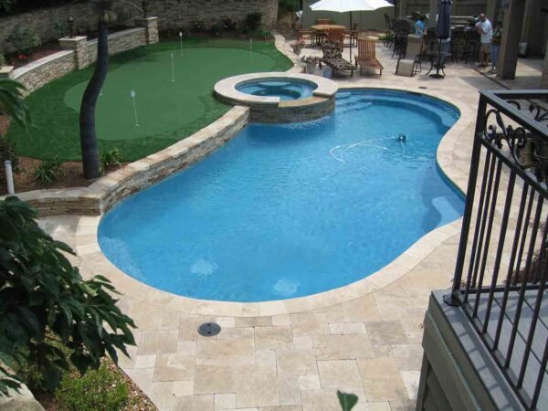 classic-travertine-patio-pool-deck-stone-patterned-natural-stone-supplier-greenstone-hardscape-supply