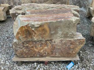 colfax-beam-rock-boulders-ledgerock-greenstone-natural-stone-supplier-landscape-supply