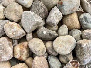 glacial-granite-cobbles-5-9-boulders-ledgerock-greenstone-natural-stone-supplier-landscape-supply
