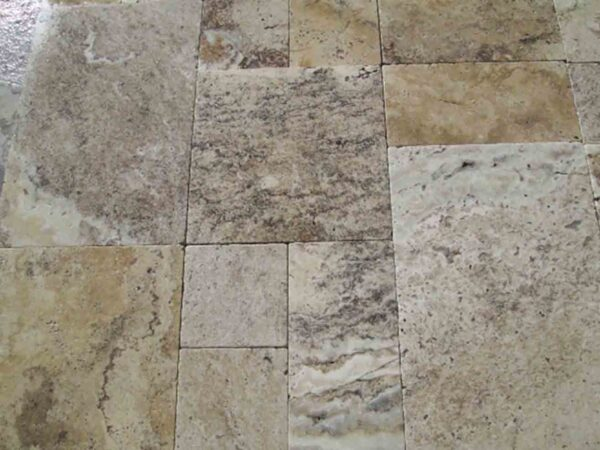 greige-travertine-patio-pool-deck-stone-patterned-natural-stone-supplier-greenstone-hardscape-supply