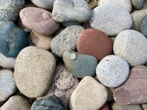 kewanee-creek -flats-cobbles--greenstone-natural-stone-supplier-landscape-supply