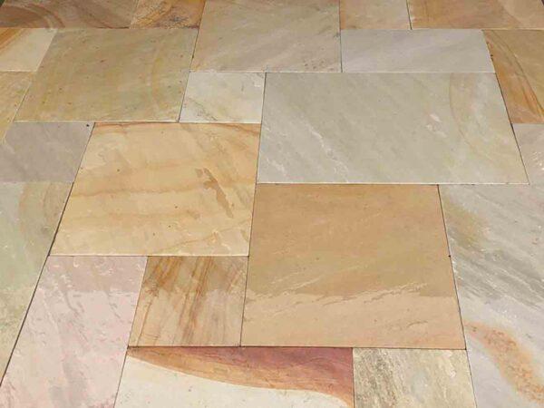 sedona-rustic-tumbled-sandstone-patterned-patio-stone-natural-stone-supplier-greenstone-landscape-amber