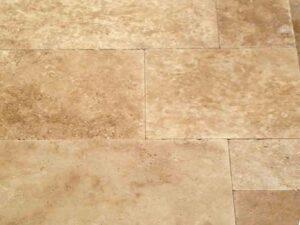 walnut-travertine-patio-pool-deck-stone-patterned-natural-stone-supplier-greenstone-hardscape-supply