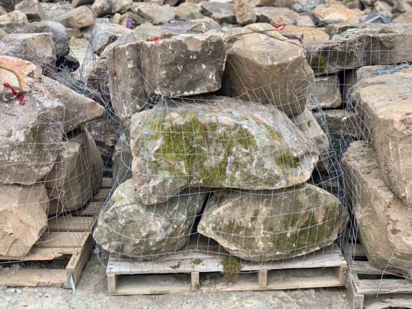 weathered-sandstone-boulders-18-24-ledgerock-greenstone-natural-stone-supplier-landscape-supply